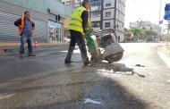 Ka nisur puna për prerjen e asfaltit të dëmtuar në të gjitha rrugët e qytetit.